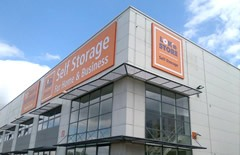 Special offer available & Self Storage in Milton-Keynes | Loku0027nStore